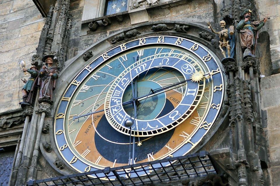 старейшая площадь Праги фото