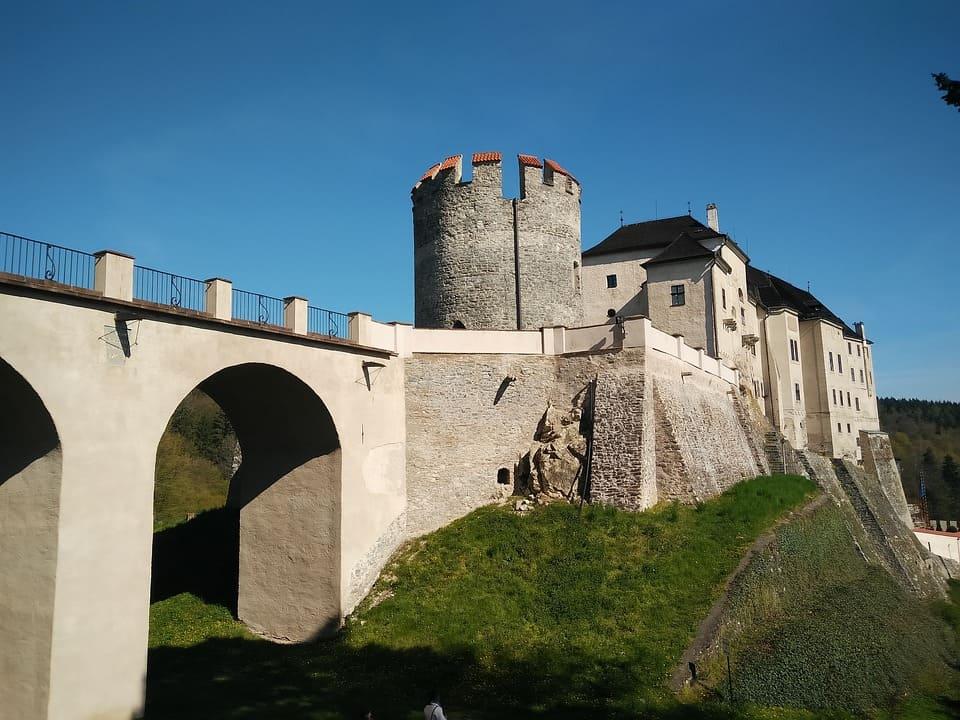 замок на скале Штенберг фото